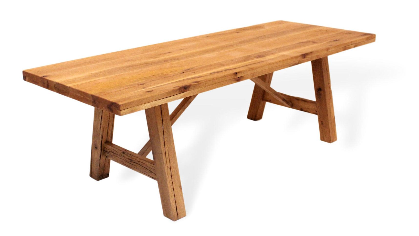 Mediteraner Esstisch aus Massivholz, Spansches Design | Naturnah Möbel