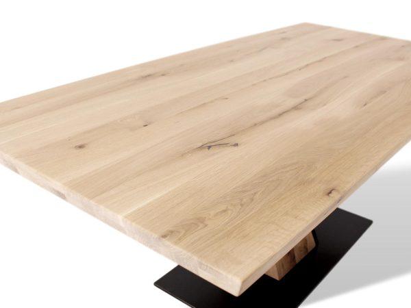 Designertisch aus Massivholz für Esszimmer
