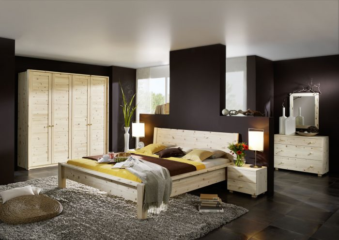 Schlafzimmer aus Zirbenholz