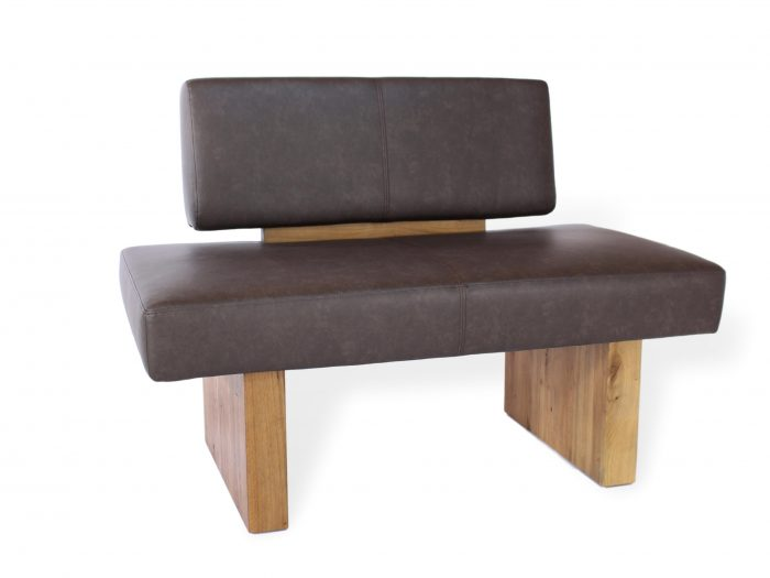 komfortable sitzbank aus leder und massivholz mit weicher polsterung