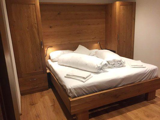Hotelzimmer aus massivholz