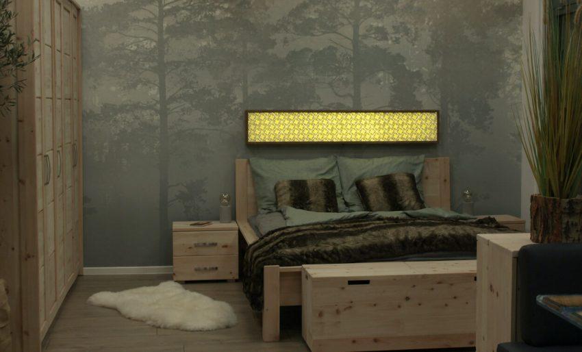 Schlafzimmer mit Led lichtwand