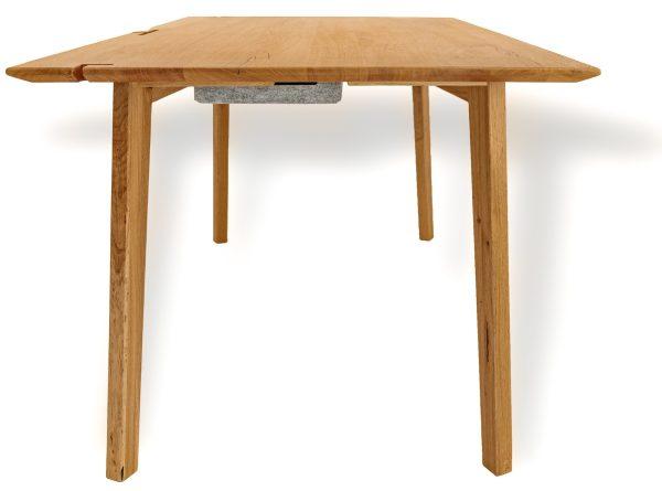 Schreibtisch aus massivholz handgefertigt mit funktionen wildeiche naturnah